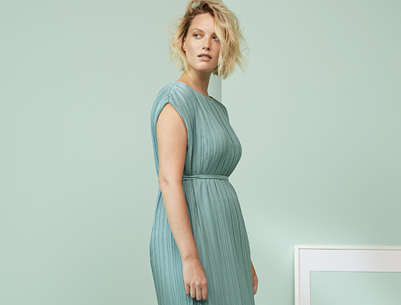 Discover-the-ss17-mr-dresses.jpg