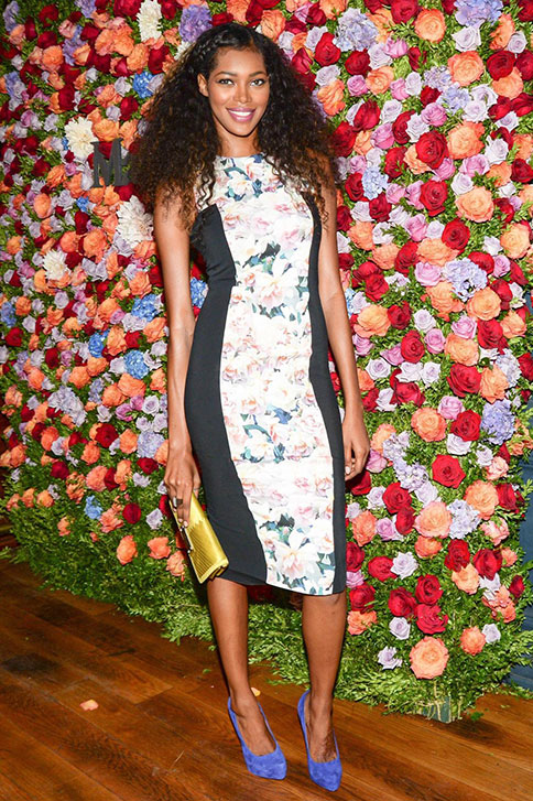 Jessica White in Sportmax