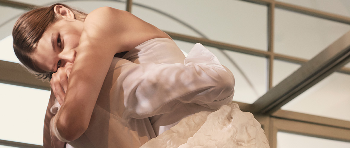 Max Mara Bridal: the Dress for a modern and elegant bride
