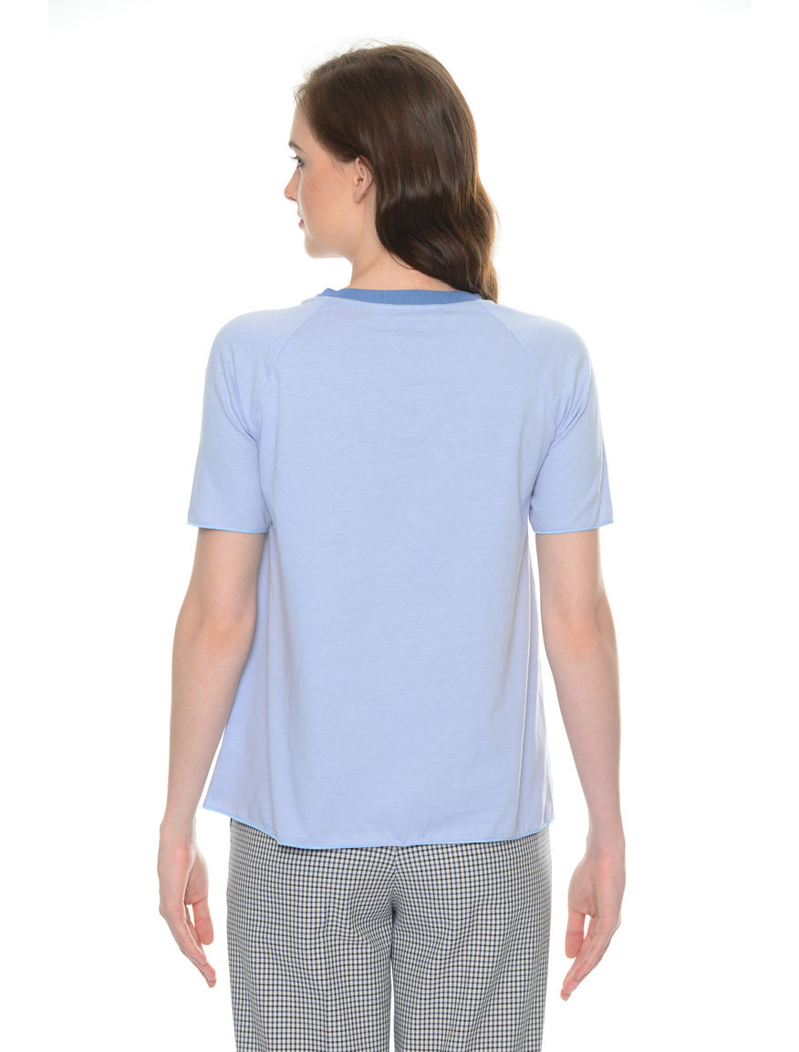 T-shirt ricamata