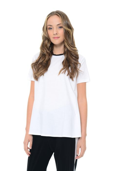 T-shirt svasata in jersey