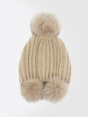 Mütze mit Maxi Pompon