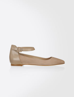 Semi-gloss leather ballet flats