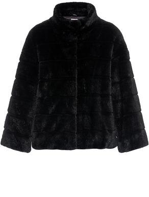 Three-quarter-sleeved jacket