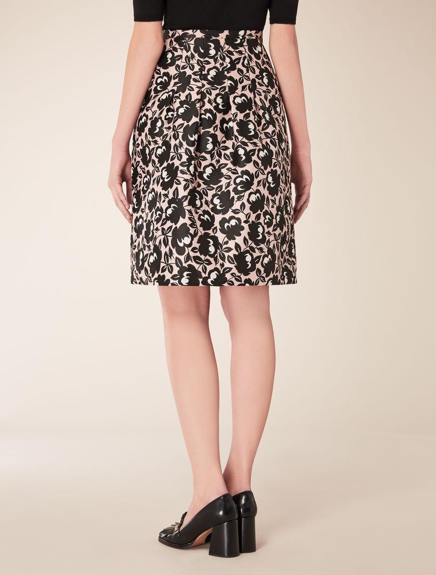 Jacquard circle skirt