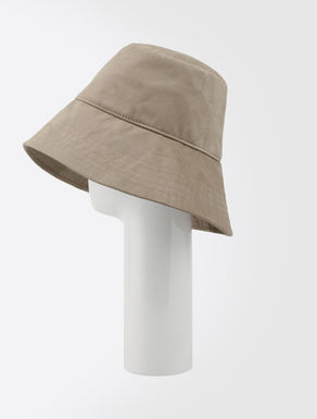 Technical fabric hat
