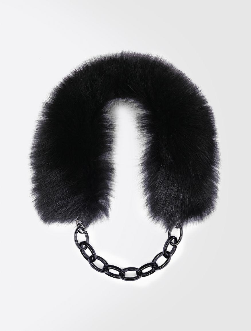 Fox fur neck