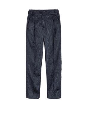 Pantaloni slim fit di tessuto goffrato