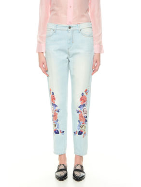 Pantalone in denim con ricamo