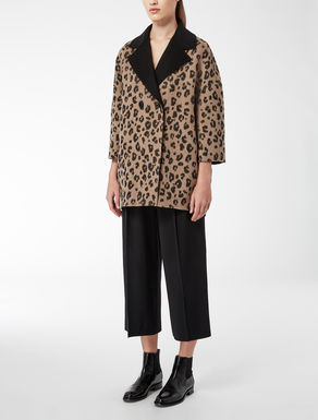Cappotto in jacquard animalier