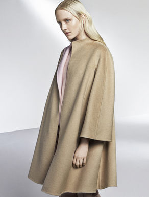 Reversible two-tone coat