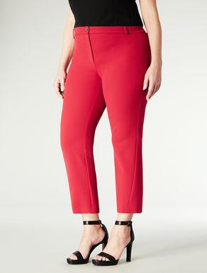 Pantalone corto con taglio dritto