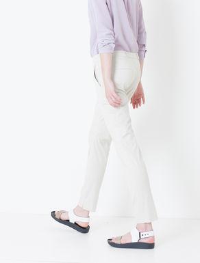 Pantaloni slim di gabardine stretch