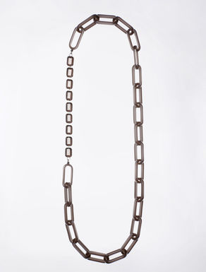 Long necklace with chain and bezels