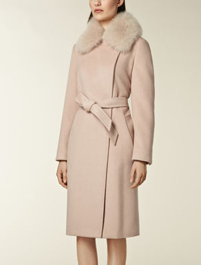Coat with fox fur trim