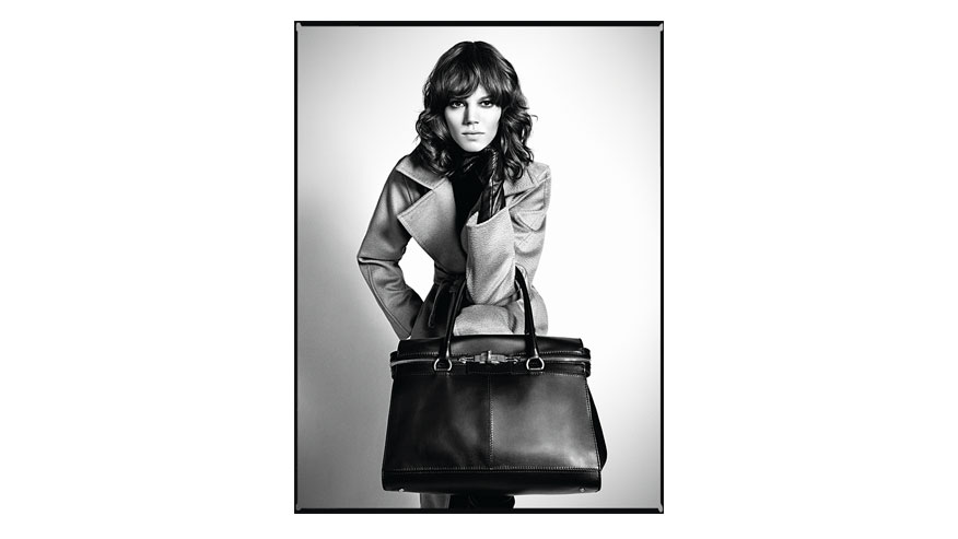Max Mara Fall/Winter 2010-2011 campaign