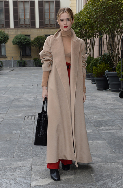Zoey Deutch in Max Mara
