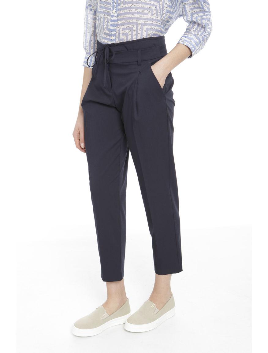 Pantaloni cropped con lacci