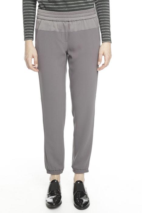 Pantaloni con fondo elastico