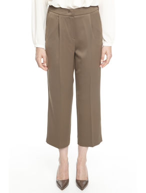Pantaloni cropped in satin
