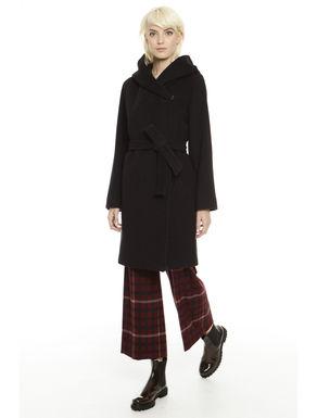 Capospalla in lana e seta