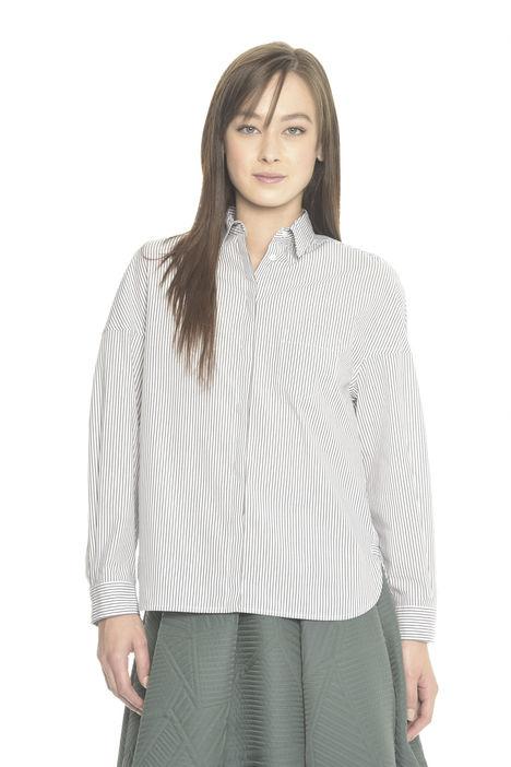 Camicia a righe con spacchi