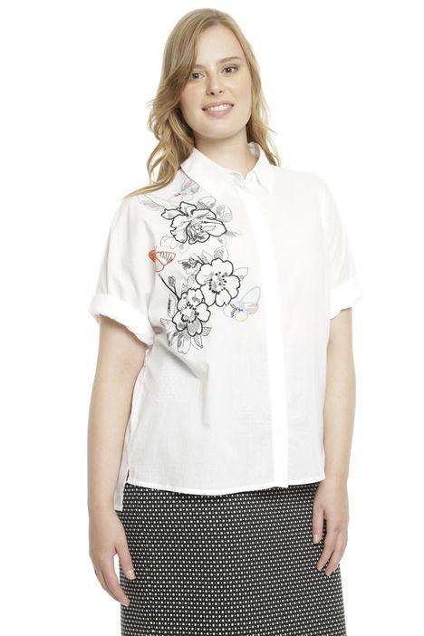 Camicia in mussola con ricamo