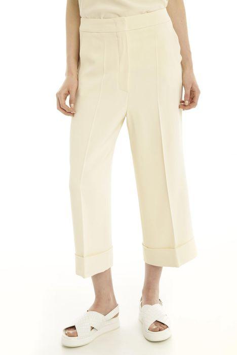 Pantalone cropped con piega