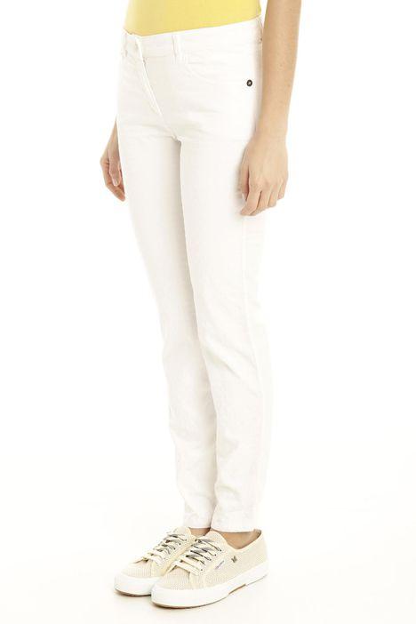 Pantaloni in cotone ricamato