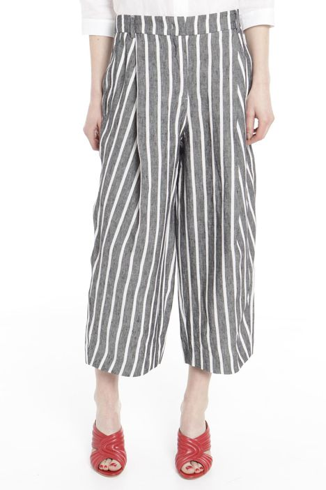 Pantaloni cropped in lino