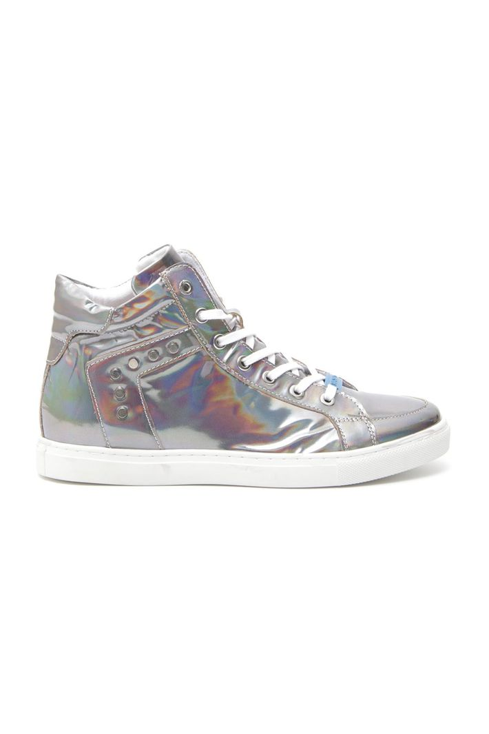 Sneakers effetto laminato, grigio medio