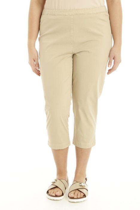 Pantaloni capri in gabardina