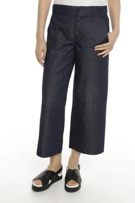 Jeans cropped con piega