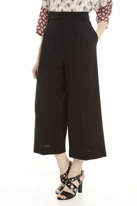 Pantaloni cropped Intrend