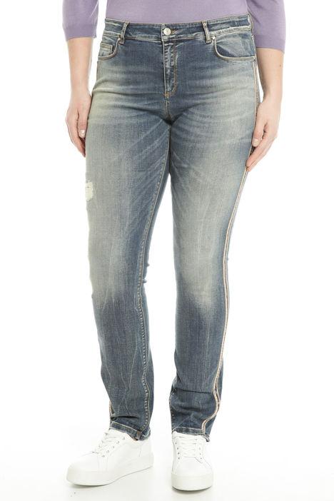 Jeans con applicazioni Diffusione Tessile