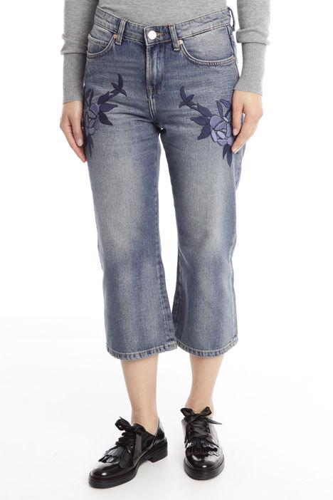 Jeans cropped con ricamo floreale Diffusione Tessile