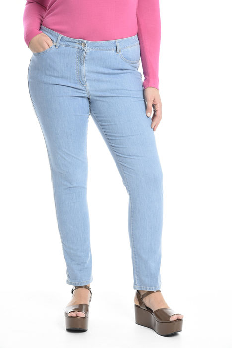 Jeans in denim leggero Intrend
