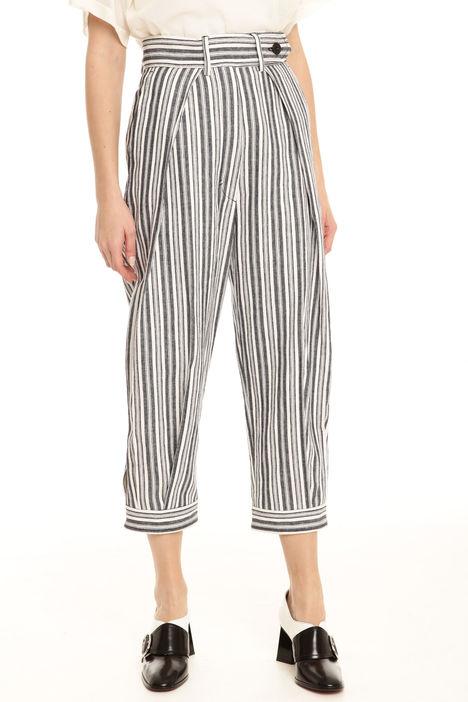Pantalone con pieghe Intrend