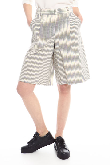 Shorts in lino Intrend
