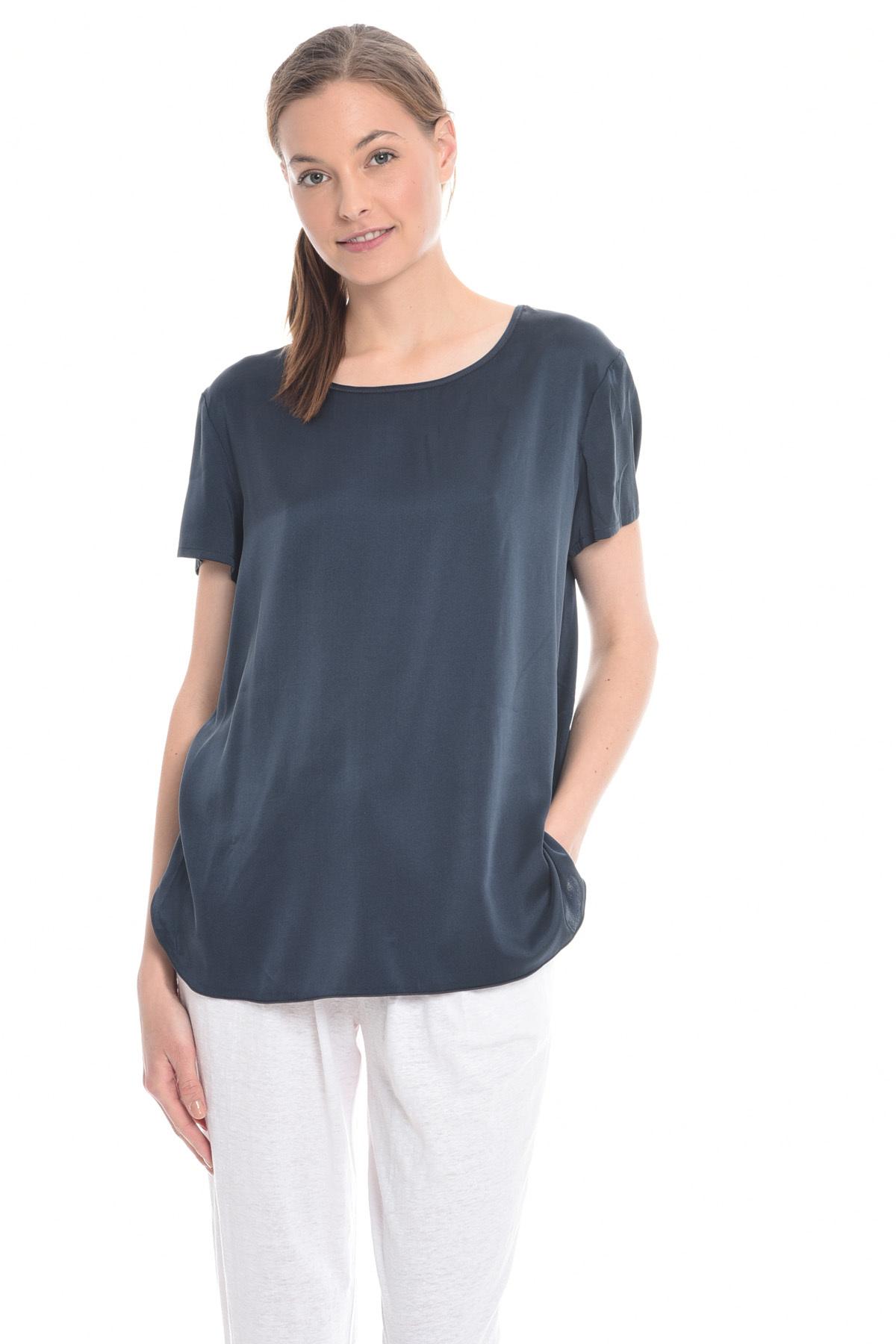 ... Top in raso di seta stretch Diffusione Tessile. Home page ·  Abbigliamento ...