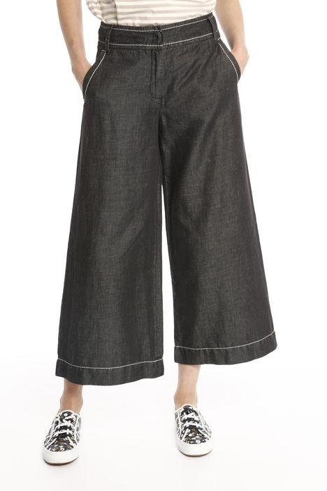 Pantalone cropped svasato Diffusione Tessile