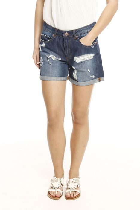 Shorts in denim con strappi Diffusione Tessile