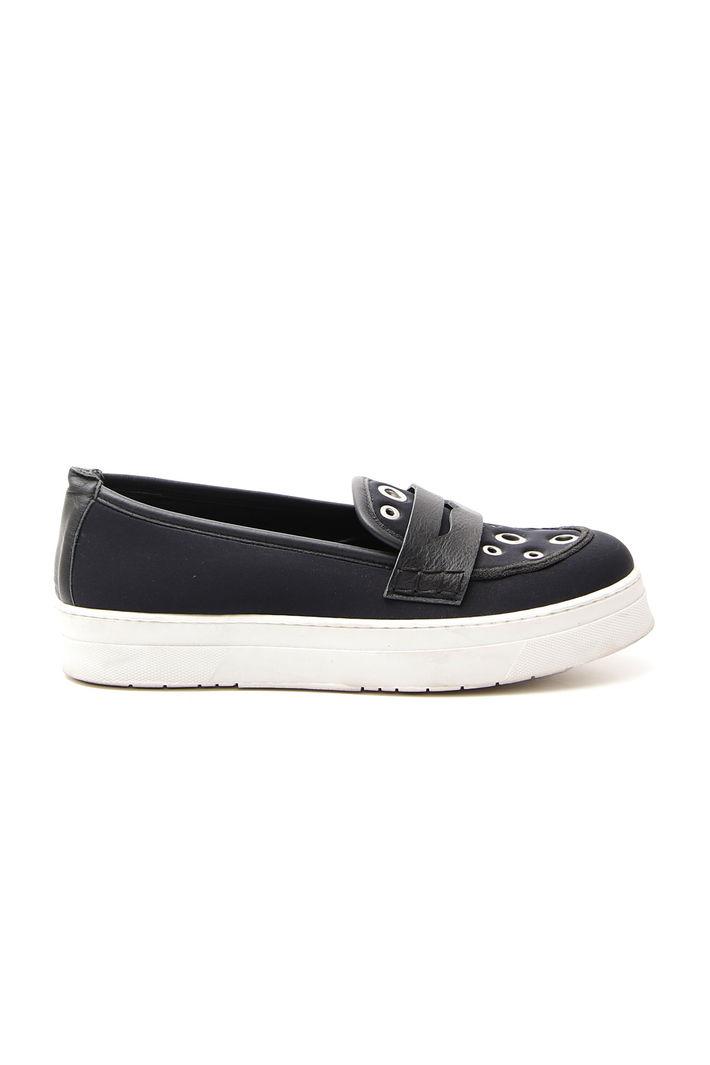 Sneakers con occhielli, nero