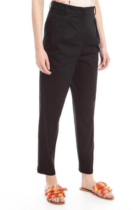 Pantaloni con cintura Intrend