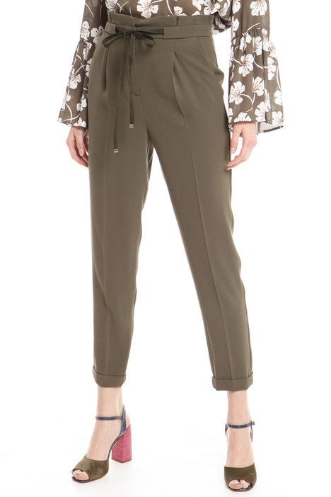 Pantaloni a carota con cintura Intrend