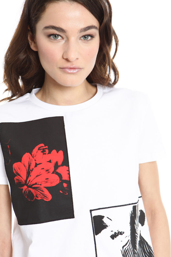 T-shirt con ricami applicati Intrend