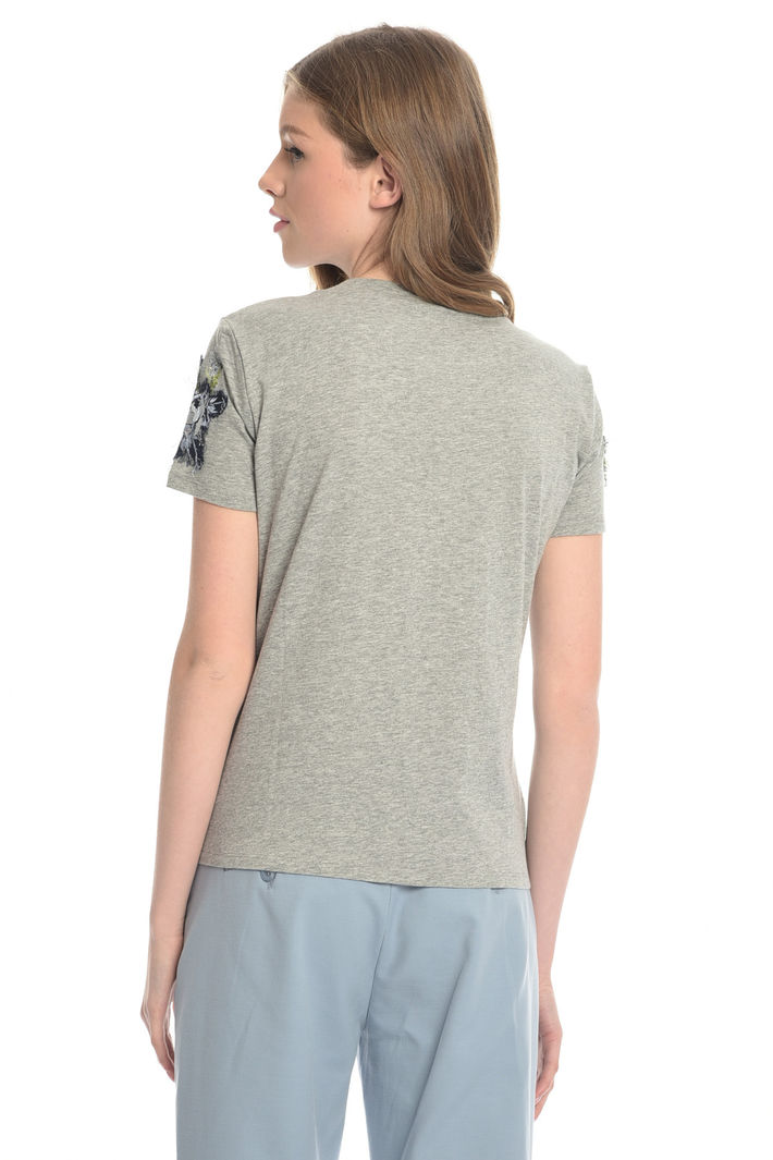 T-shirt con ricami floreali Diffusione Tessile
