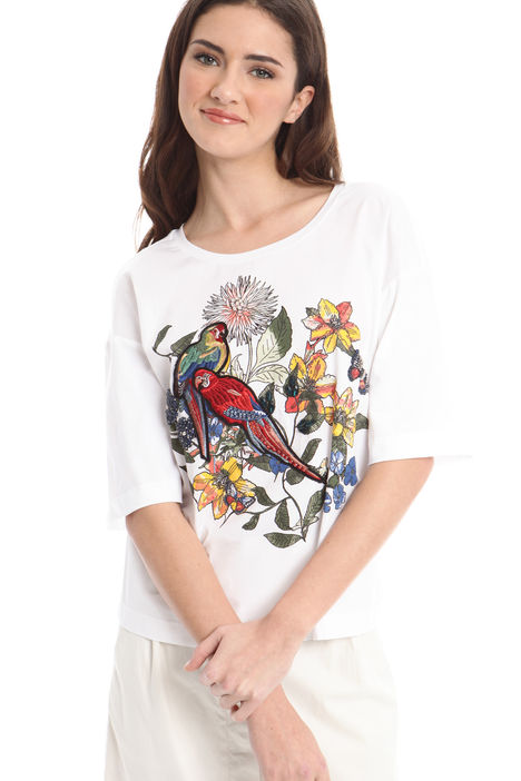T-shirt con ricami e applicazioni Intrend