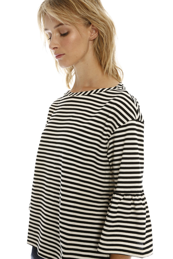 T-shirt in righe lurex Intrend