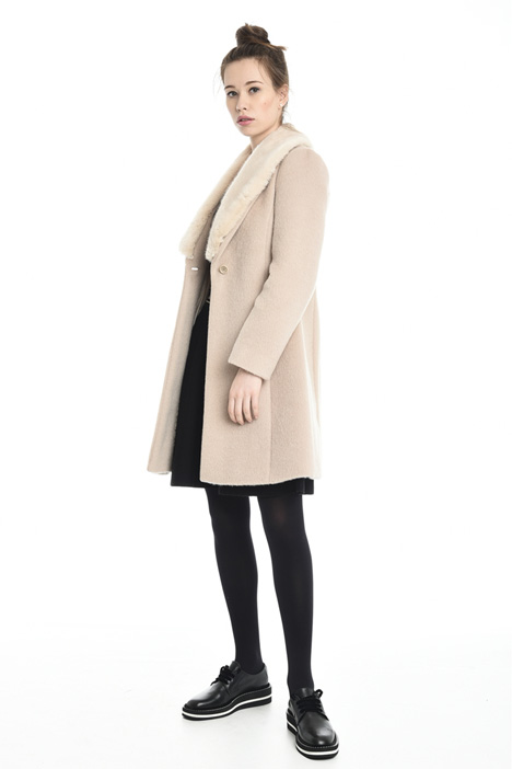 Removable collar coat Diffusione Tessile